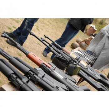 Тиймбилдинг с АК-47 Калашник
